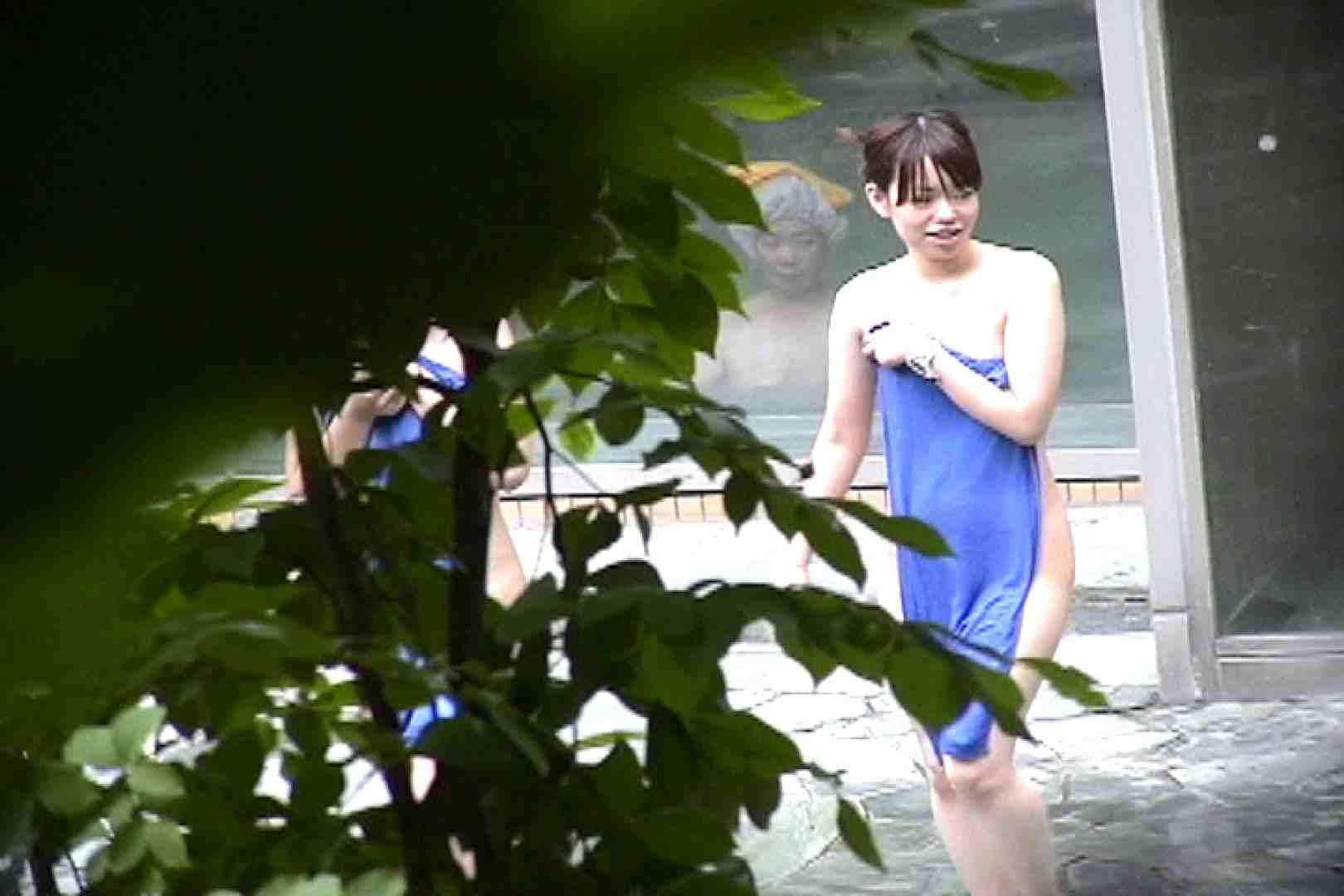 No.17 青い二人 美女のボディ | 露天  87PIX